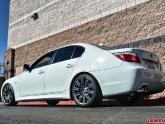 bmw-550-rearside