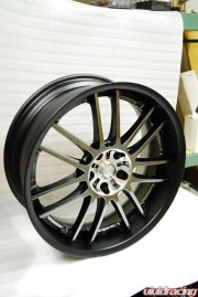 Volk RE30 Phantom Wheels