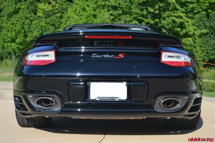 Porsche 997.2 Turbo Cab with Akrapovic Exhaust