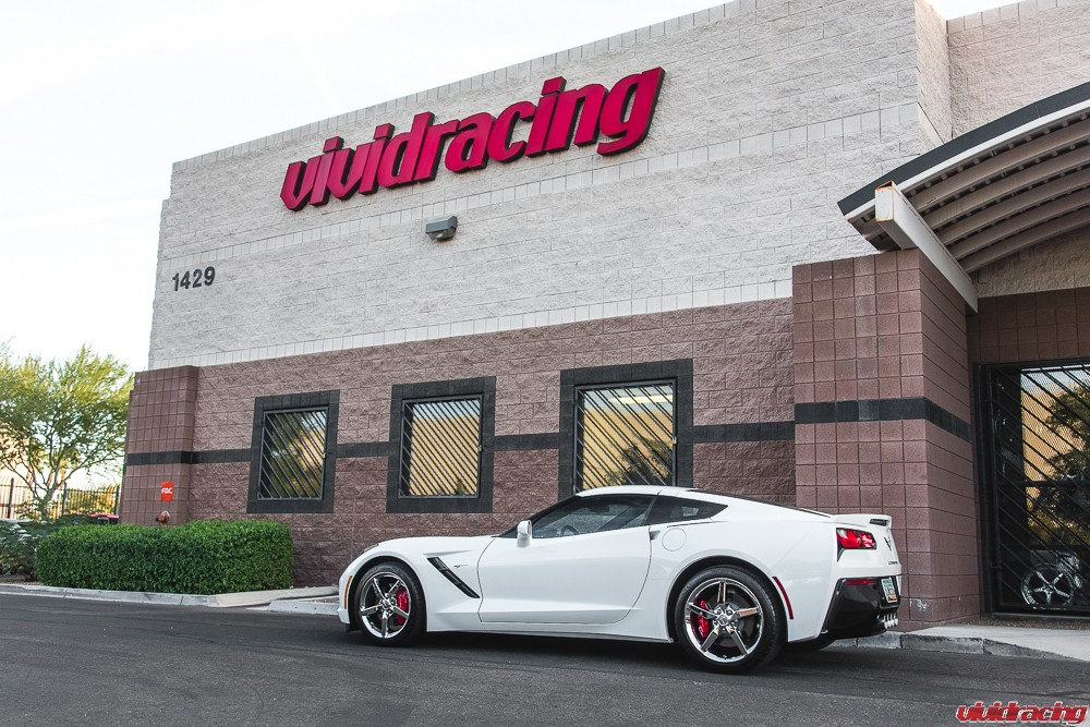 C7-Stingray-Corvette-Meisterschaft-Exhaust-22