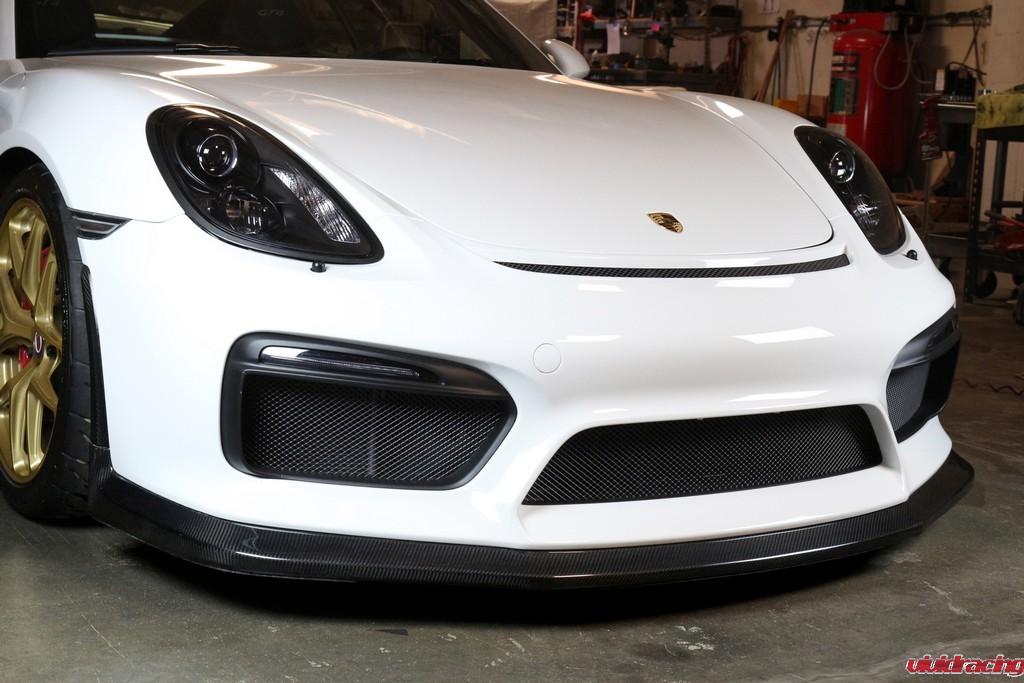 Porsche_GT4_Front-lip_installed_LR_6
