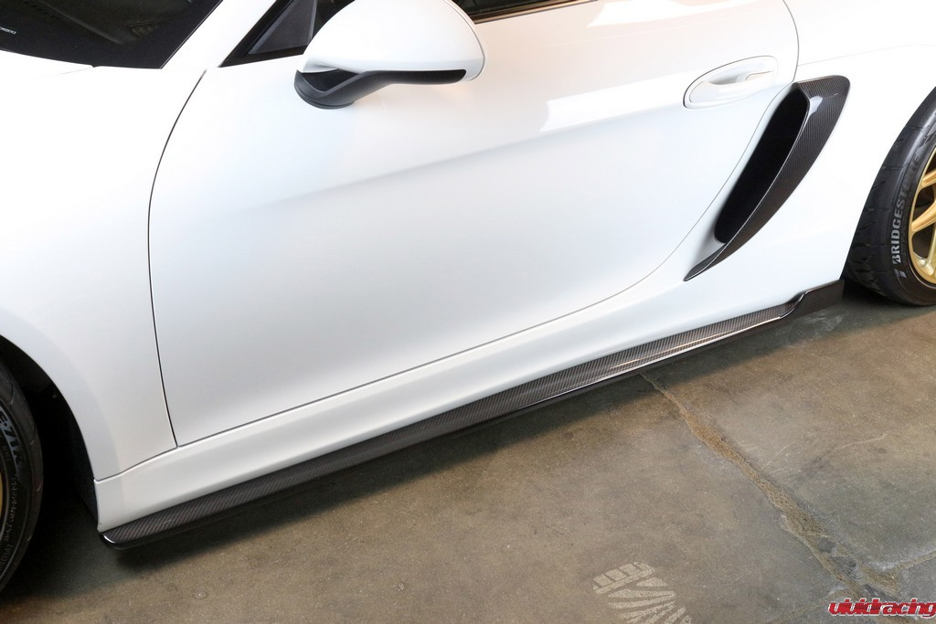 Porsche_GT4_Rockers_Installed_LR_6