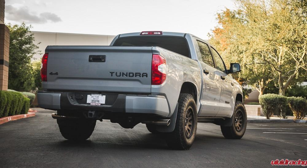 Toyota_Tundra_FuelWheels-7