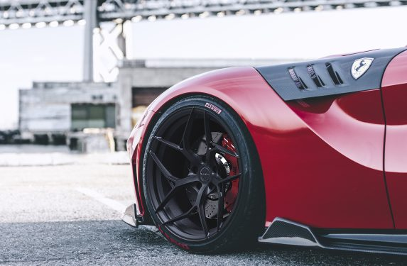 brixton-forged-pf5-wheels-ferrari-f12-red-black-wheels-concave