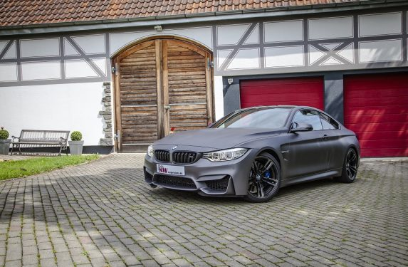 low_KW_Clubsport_BMW_M4_Standaufnahme_01