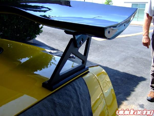 Kingsnake Racing Corvette C6 With Apr Carbon Wing Vivid