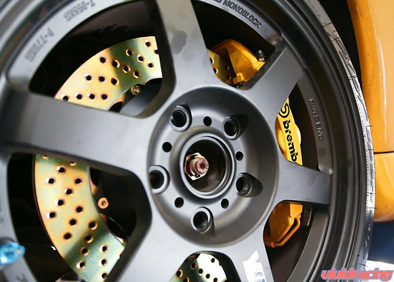Brembo Brakes on Porsche 996TT