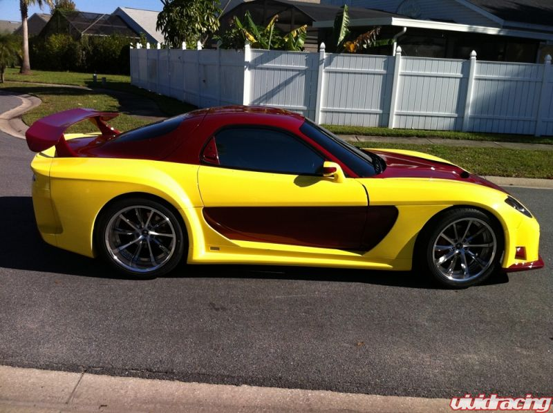 Vivid Racing News » Uniquely Colored Veilside Widebody Mazda RX7