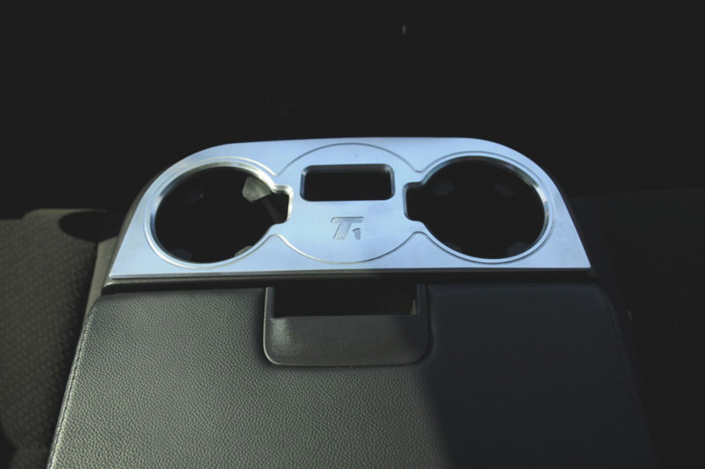 Avalance/Tahoe/Suburban Console Cup Holder 07-13 Chverolet Avalance/Tahoe/Suburban W/Flip Down 3rd Seat Aluminum Machined T1 Series T-REX Grilles - 11110