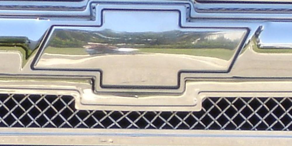 Silverado Grille Emblem 03-06 Chevrolet Silverado Billet Bow Tie Front Plain Aluminum Polished T-REX Grilles - 19101