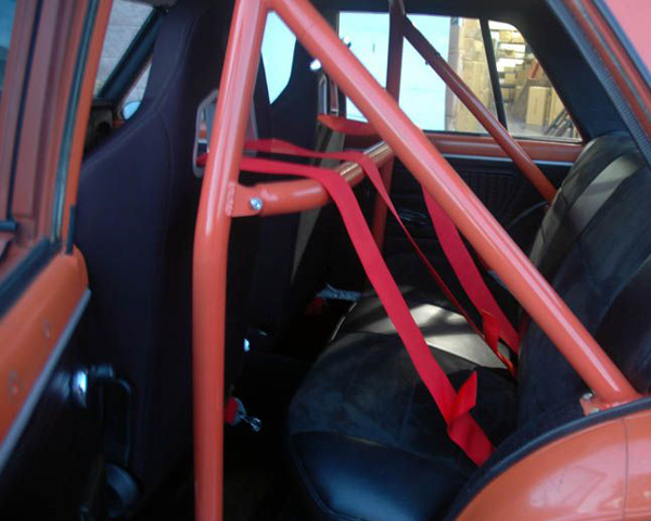 Autopower Bolt In 4pt Roll Bar W Removable Harness Bar