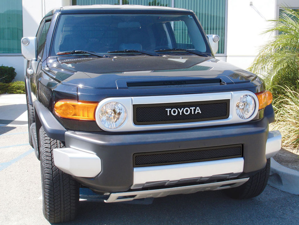 FJ Cruiser Grille 07-14 Toyota FJ Cruiser Mild Steel Powdercoat Black 2 Piece Upper Class Series T-REX Grilles - 51932