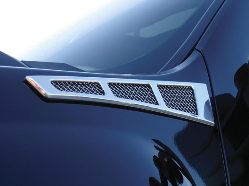 Silverado 1500 Side Vent Grille 07-13 Chevrolet Silverado 1500 Aluminum Chrome Upper Class Series T-REX Grilles - 54007
