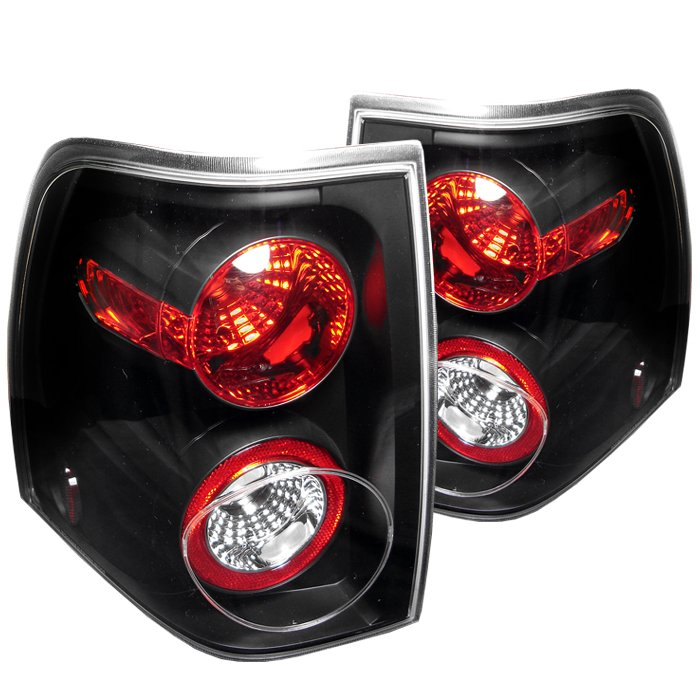 Spyder Altezza Black Tail Lights Ford Expedition 03-06 - ALT-YD-FE03-BK