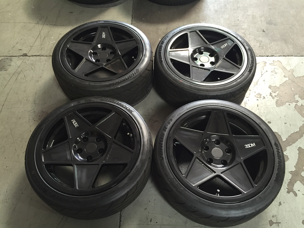 Image of 3SDM 0.05 Black 19 x 8.5 5x120 35mm with Hankook RS3 Tires Mini or BMW USED