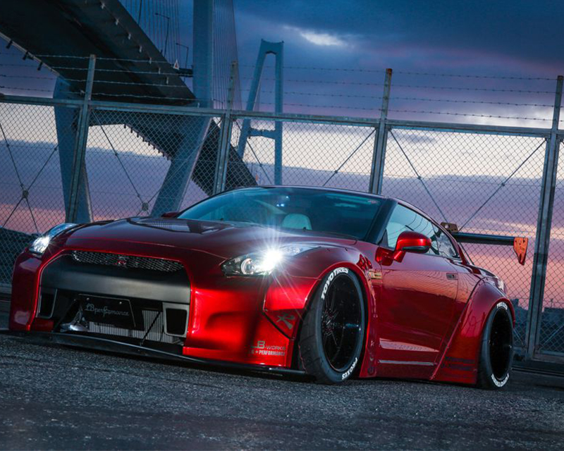 Liberty Walk Complete Body Kit Version 1 Nissan GT-R R35 09-16 - LW-GTR-0001