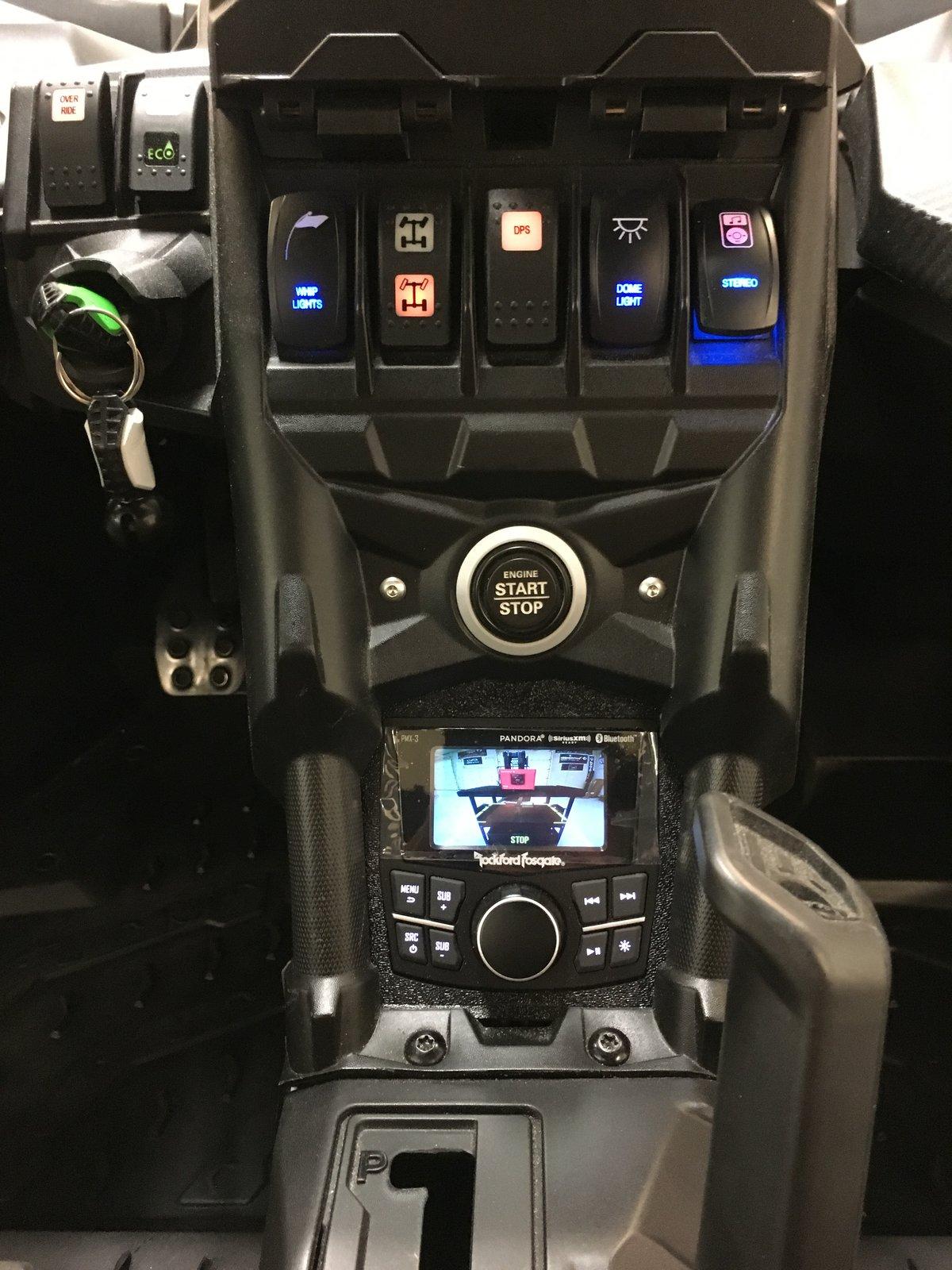 Utv Stereo 8 Speaker System W Deck Power Amp 2 Amp Can Am