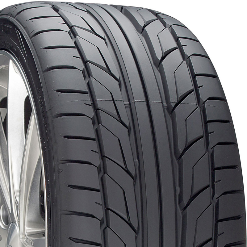 Nitto NT555 G2 Tire 255 /45 R18 103W XL BSW - 211040