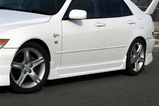 ChargeSpeed Type 1 Side Skirts Lexus IS300 00-05 - CS899SS1