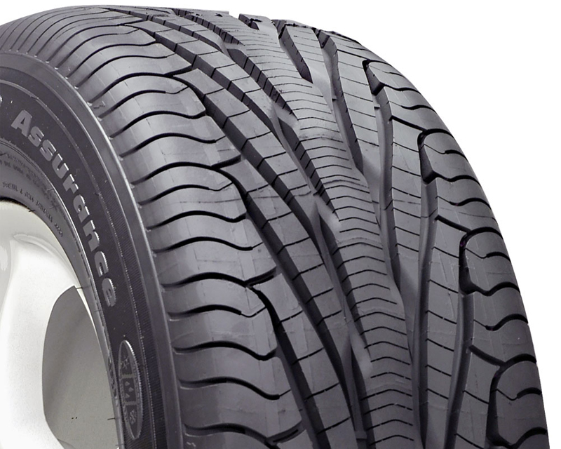Image of Goodyear Assurance Tripletred Tires 2255517 95H Vsb
