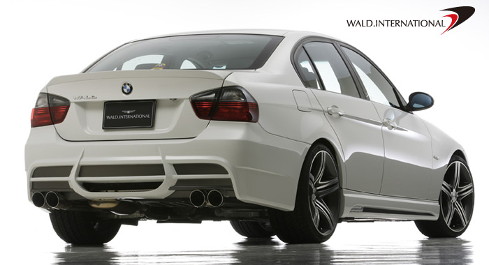 Wald International Rear Bumper BMW 3-Series E90 06-10 - E90.RB.06