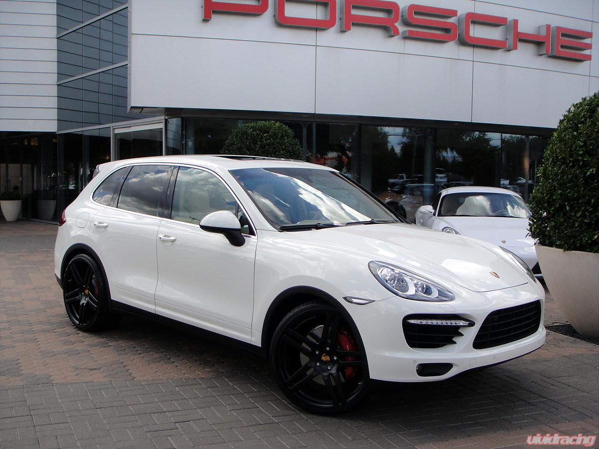 Cayenne Turbo 2011 Image6.