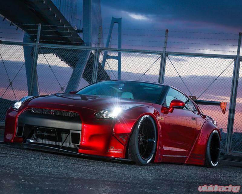 Liberty Walk Complete Body Kit Version 1 Nissan GT-R R35 09-16